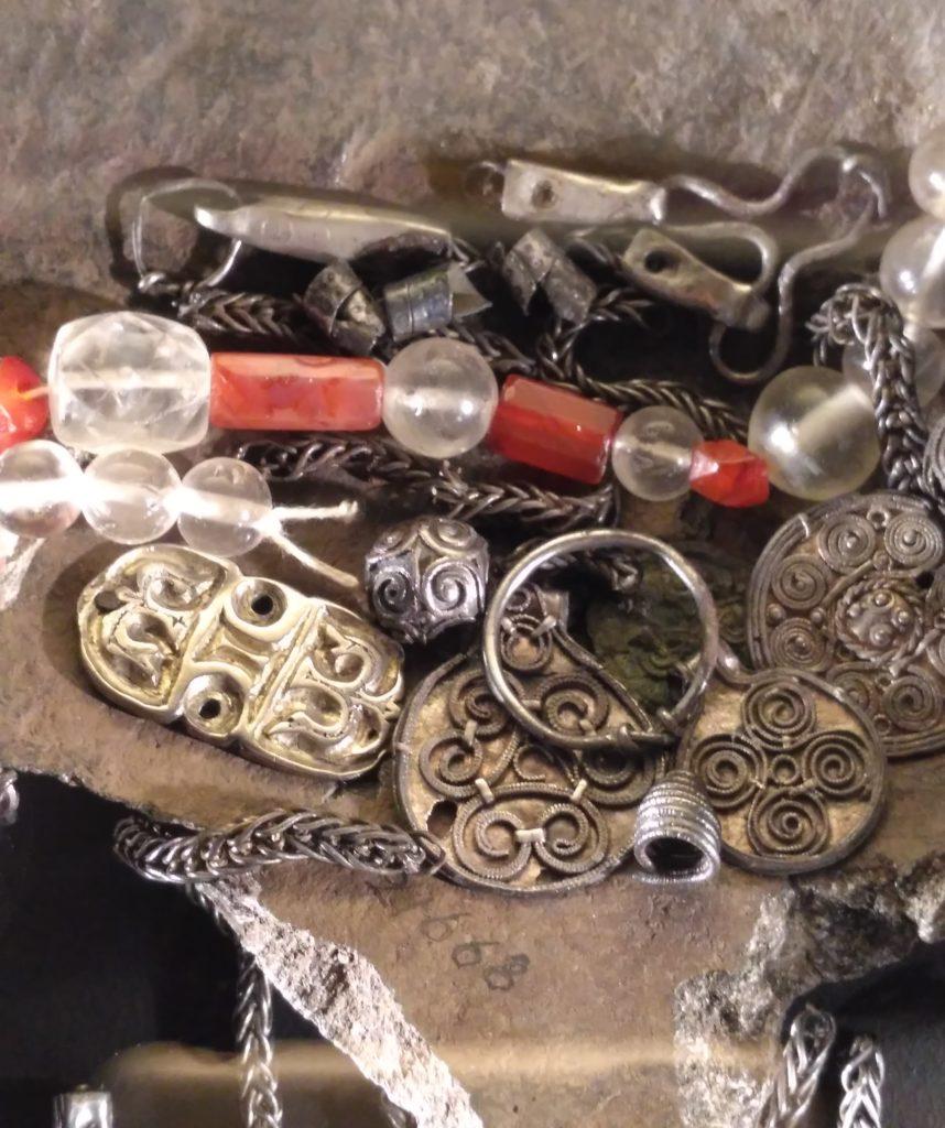 beads carnelian and rock crystal